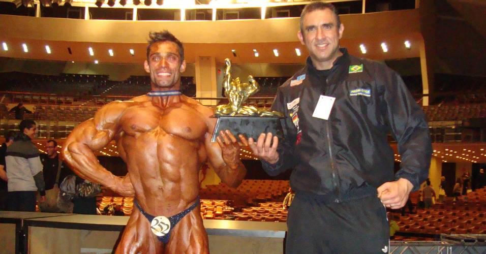 Brasileiro Lucas do Santi conquista título de fisiculturismo no exterior