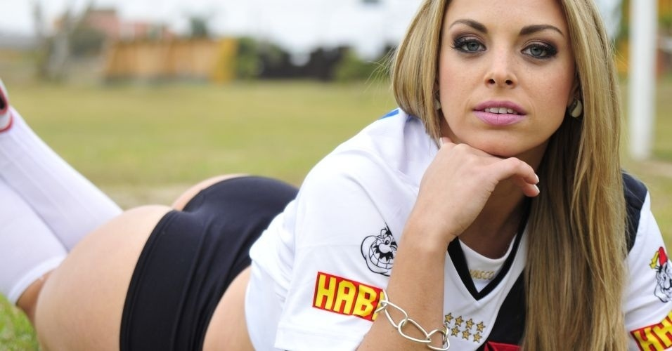 Jessica Lopes, gata do Vasco