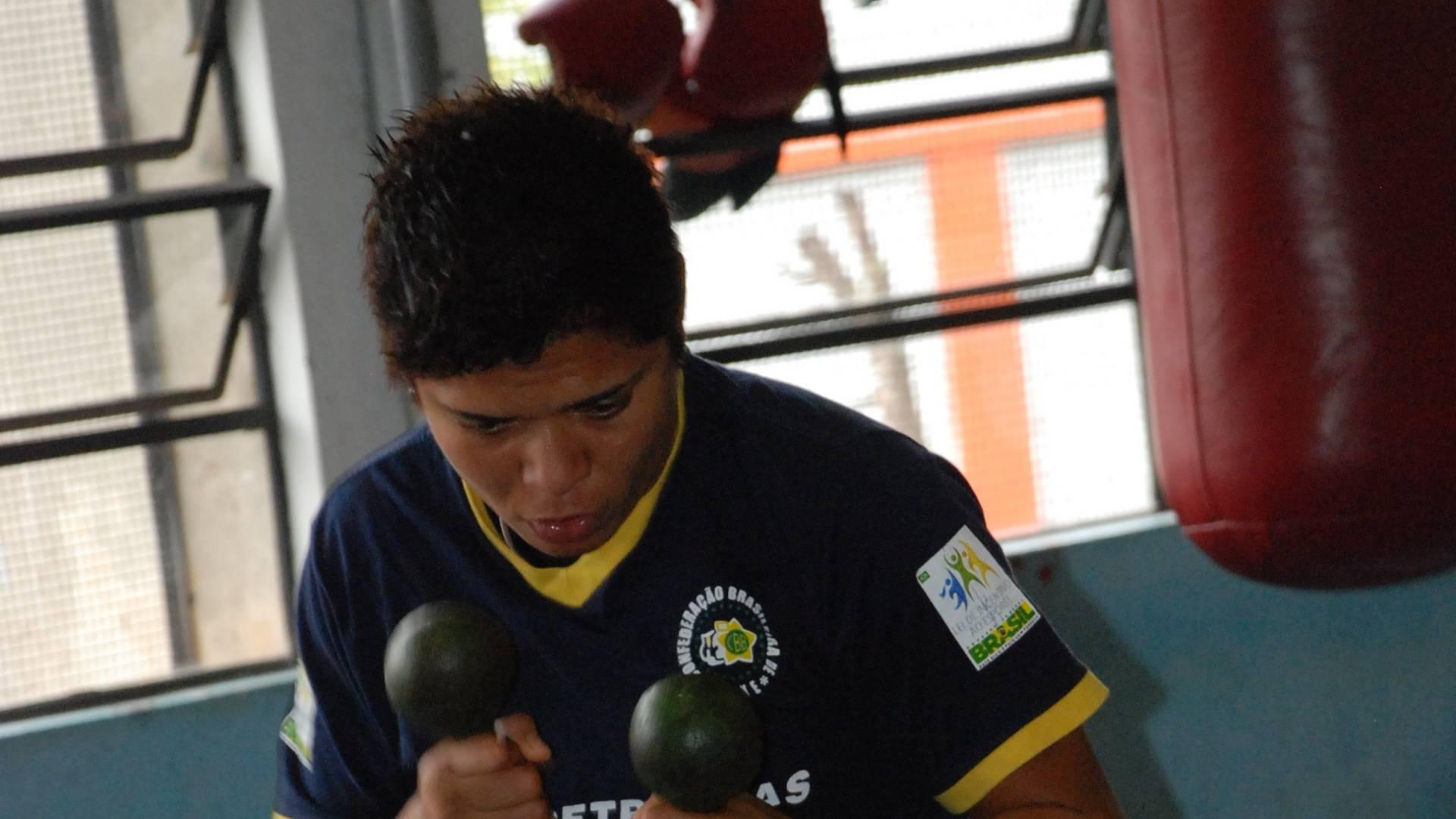 Adriana Araújo, lutadora de boxe que irá ao Pan