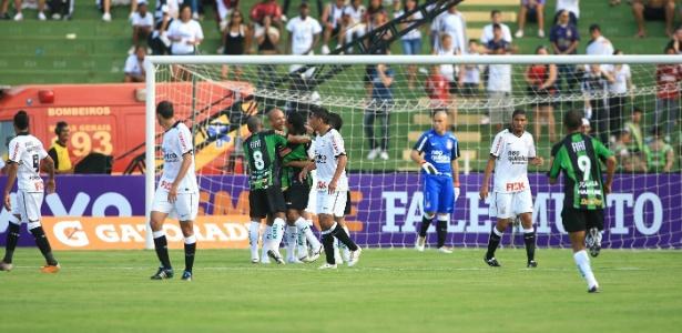 Rebaixado no ano passado, América disputa a Série B 2012 e terá o Boa como rival