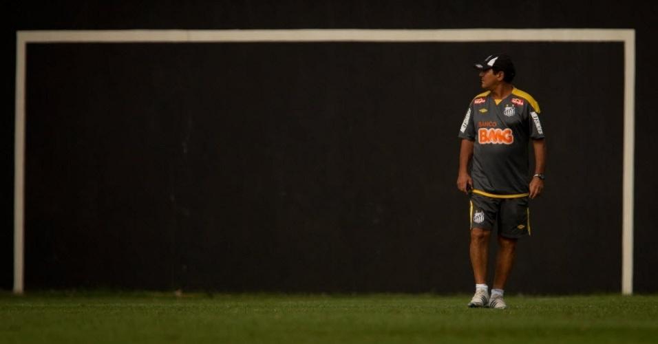 Muricy Ramalho comanda último treino do Santos antes de enfrentar o Palmeiras