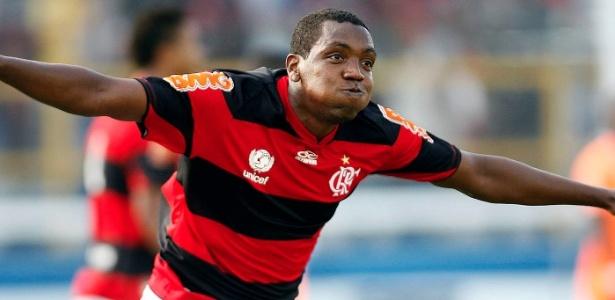 Os motivos que levaram à rescisão do Renato Abreu