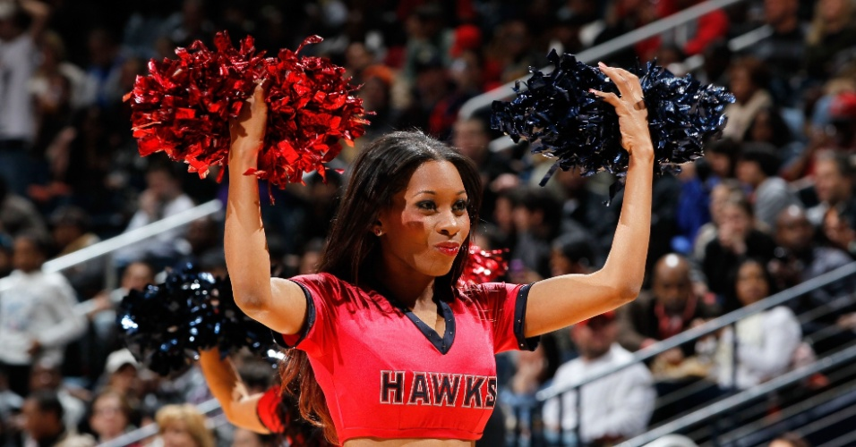Cheerleader do Atlanta Hawks durante jogo contra o Miami Heat em Atlanta, Georgia. (12/02/2012)