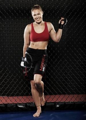 Ronda Rousey acredita que a maconha deve ser retirada da lista de substâncias proibidas no MMA