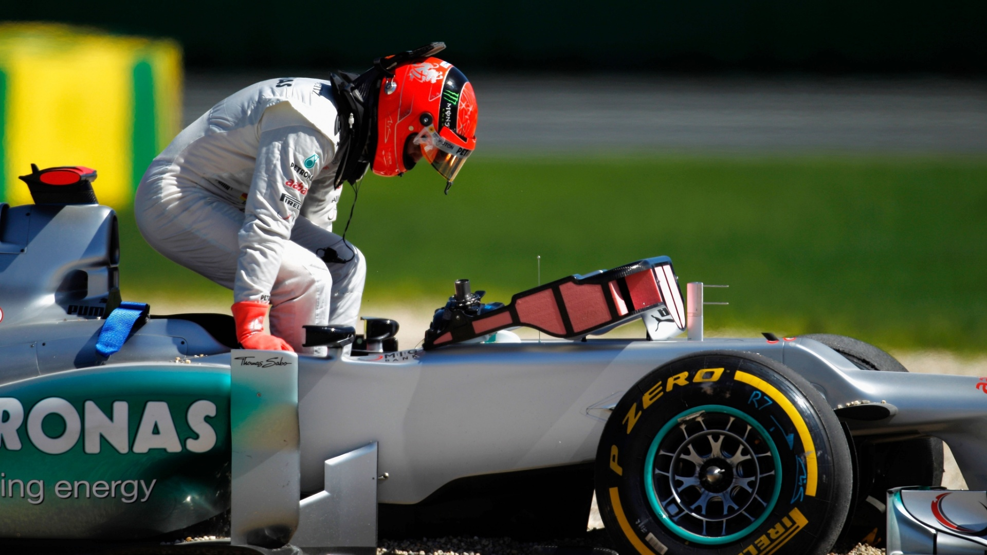 No terceiro treino livre em Albert Park, Michael Schumacher rodou e no completou a sesso