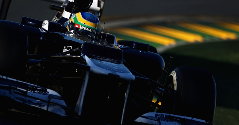 Bruno Senna conduz sua Williams pelo circuito de Albert Park
