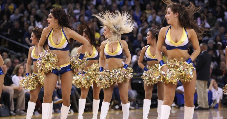 Na partida  do Utah Jazz contra o Golden Stats Warriors, as meninas fizeram sua parte
