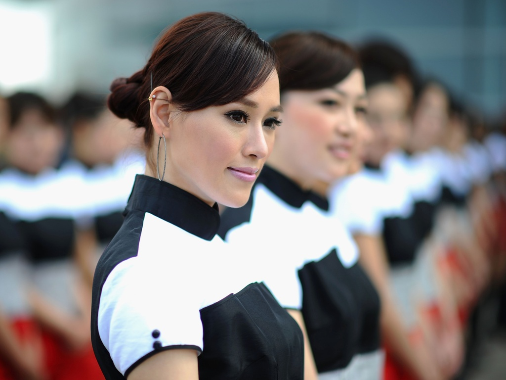 Grid girls se alinham antes da largada do GP da China de Fórmula 1 (17/04/2011)
