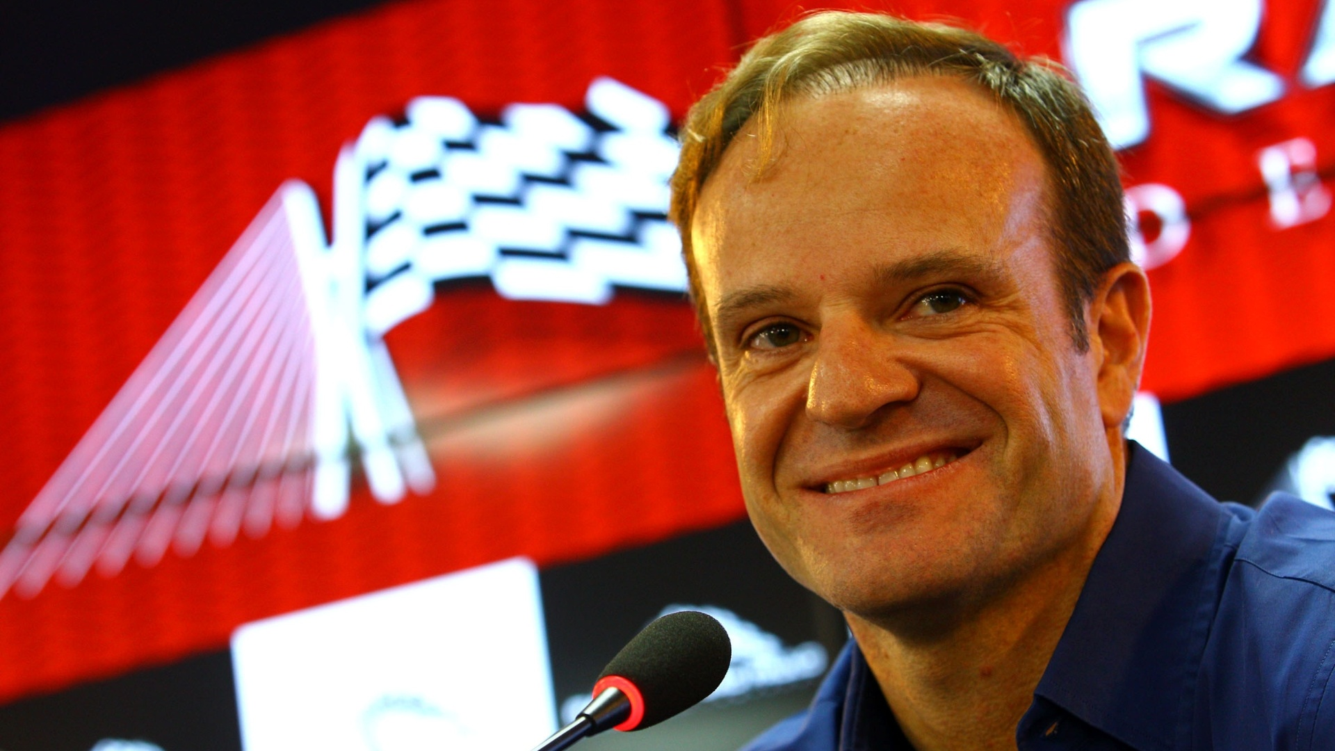 Rubens Barrichello apresenta o Rally de So Paulo em entrevista no CT do Corinthians