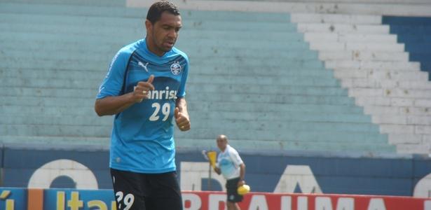 Novo reforço do Fortaleza, Leandro também defendeu as cores do Grêmio