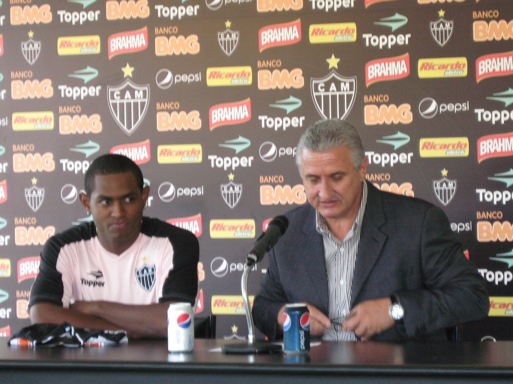 Jobson e Eduardo Maluf durante a apresentao do Atltico-MG