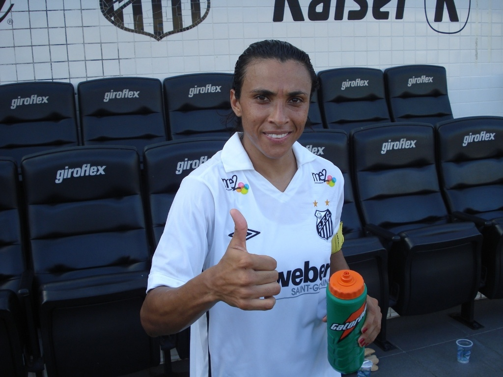 Marta na despedida do Santos