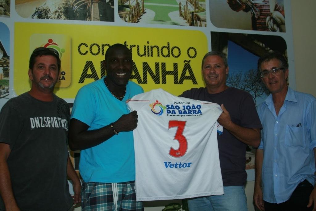 Odvan jogou no São Joaquim da Barra em 2012; hoje está parado aos 40 anos e quer continuar a jogar