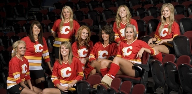 Flames Girls, cheerleaders do Calgary Flames, da NHL