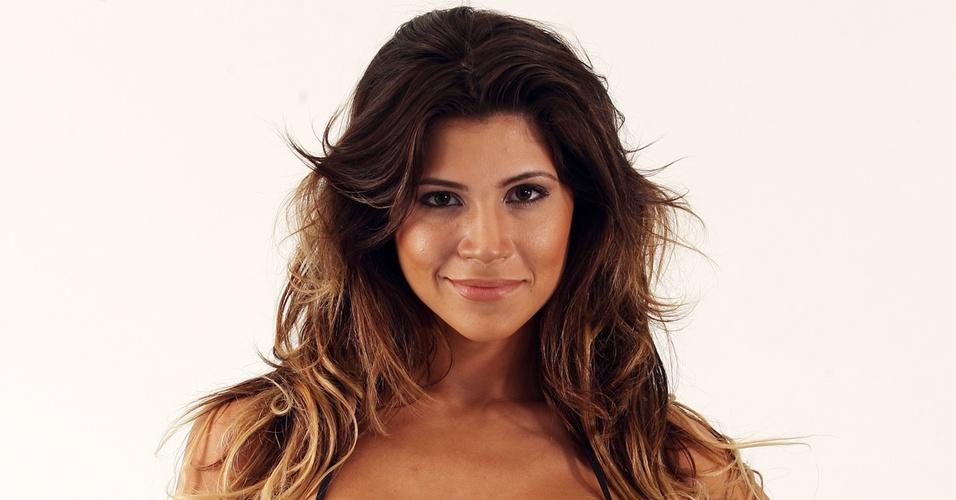 Dani Souza, a Mulher-Samambaia, nova namorada de Dentinho
