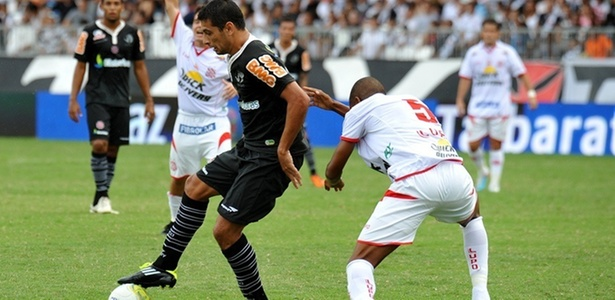 Diego Souza domina a bola diante do advrsário do Bangu (03/03/2011)