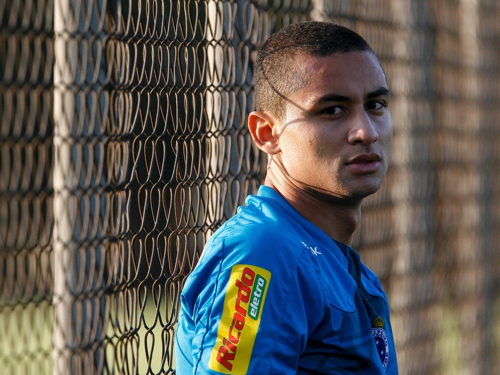 Wellington Paulista, ento atacante do Cruzeiro, em foto de 2010