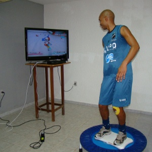 Irineu realiza recuperao atravs do videogame Wii