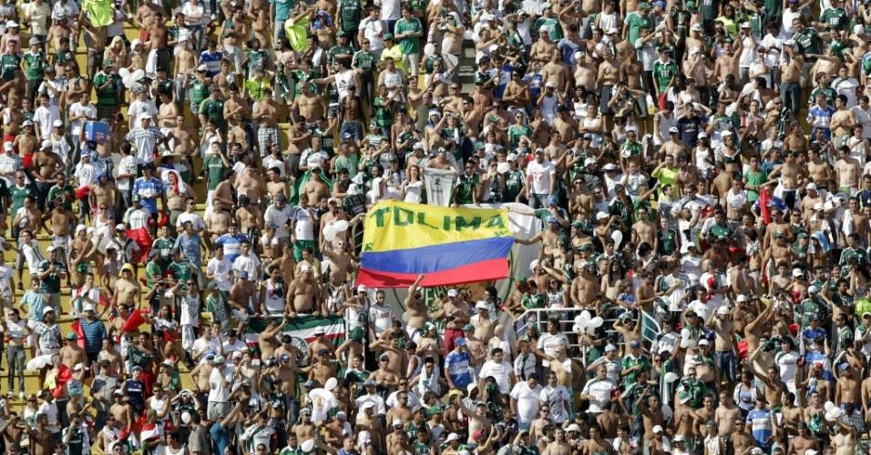 Torcida do Palmeiras provoca Corinthians com homenagem ao Tolima no Paulisto de 2011