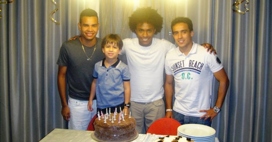 Dentinho, Willian e Jadson