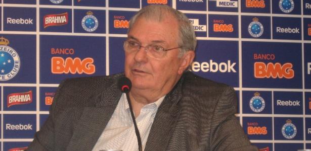 Presidente do Cruzeiro, Gilvan Tavares, diz que salários serão pagos na 2ª feira
