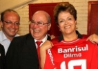 Colorada: Presidente Dilma ganha camisa do Internacional
