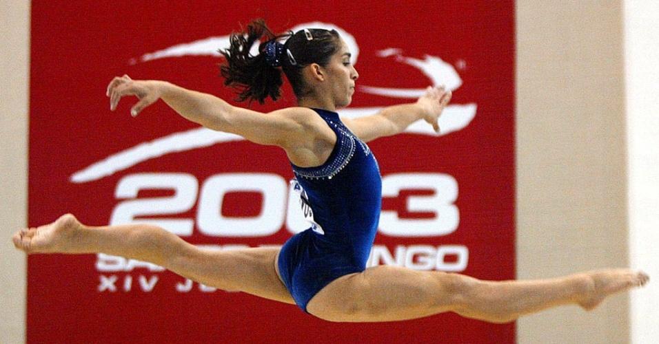 Daniele Hypolito compete durante os Jogos Pan-Americanos de Santo Domingo-2003