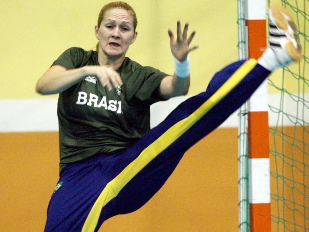 Goleiro Chana em ação no Pan-2007