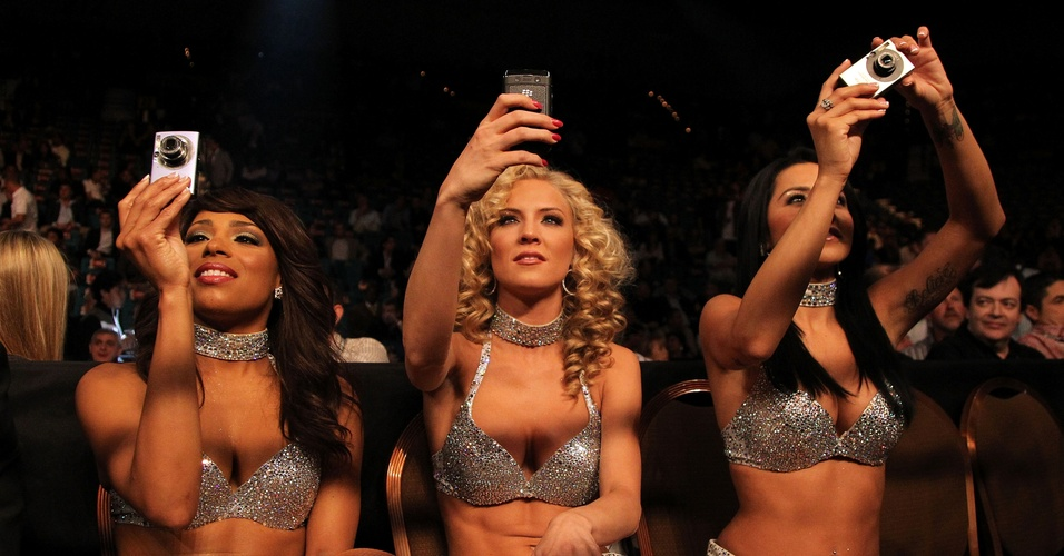 Ring girls aproveitam 