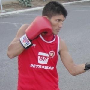 Julião Neto também está classificado para representar o boxe brasileiro em Guadalajara