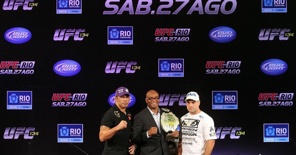 Rodrigo Minotauro, Anderson Silva e Mauricio Shogun posam em coletiva do UFC Rio