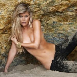 Aps ganhar concurso, Chrissy Hubbard ser ring girl no UFC 133, na Filadlfia