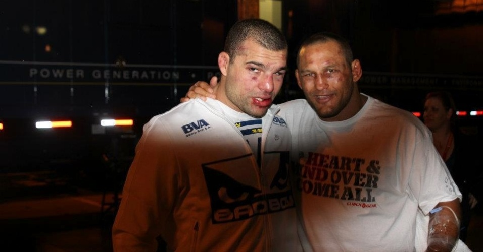 Maurcio Shogun e Dan Henderson se encontram no hospital aps o duro combate entre eles no UFC 139