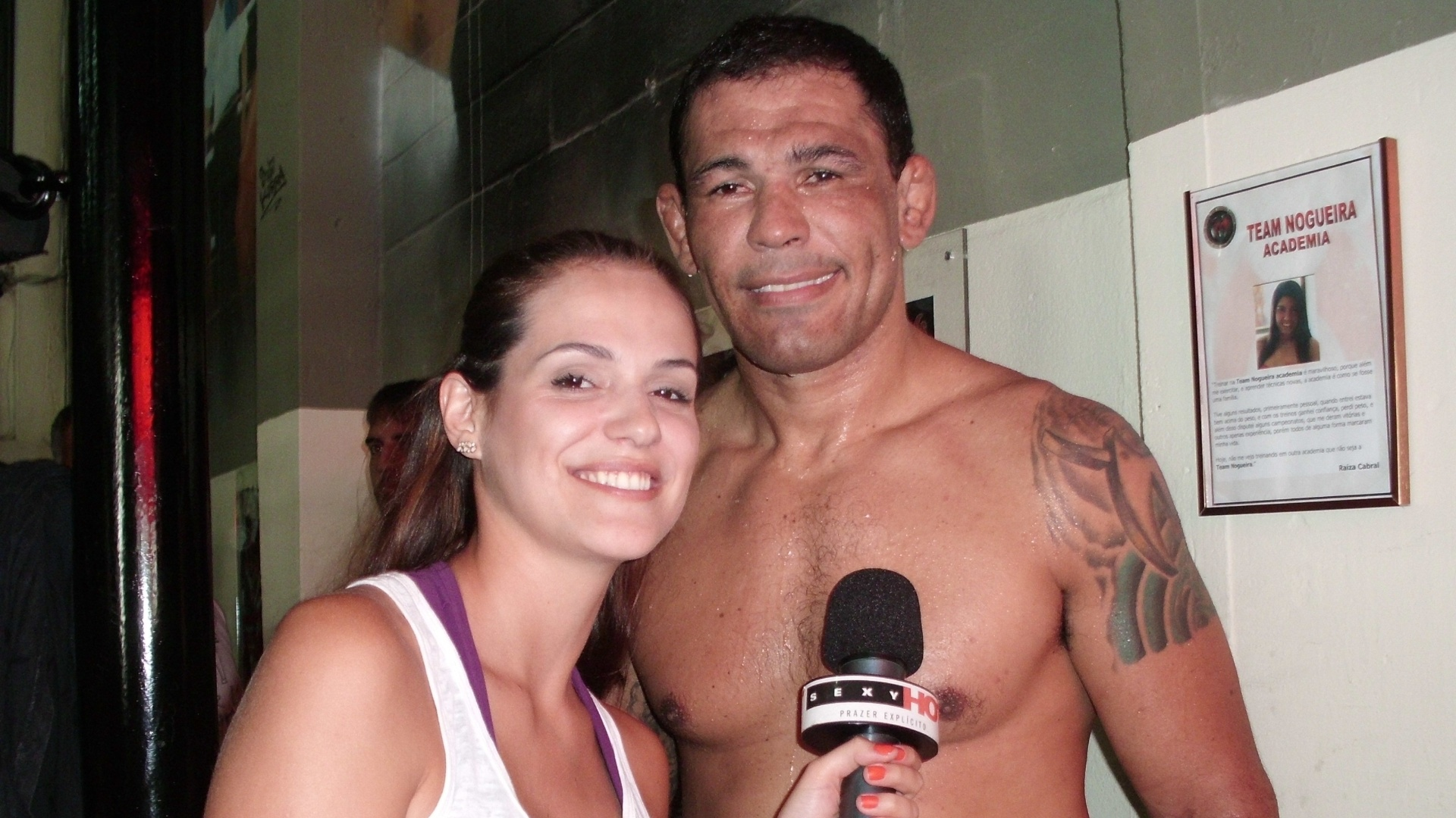 Rodrigo Minotauro Nogueira  entrevistado pela apresentadora Rossana Freire, do Sexy Hot