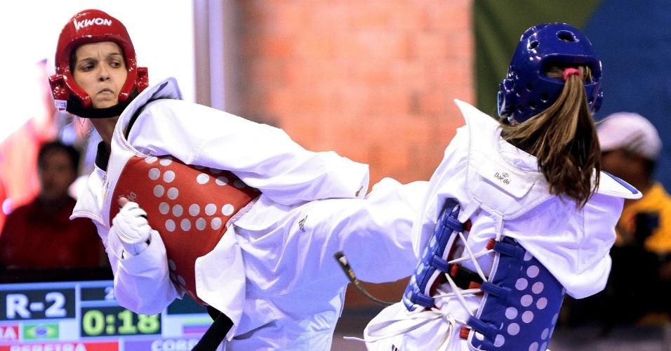Raphaella Pereira perdeu por 5 a 4 e foi eliminada nas quartas-de-final do taekwondo, na categoria até 67kg (17/10/2011)