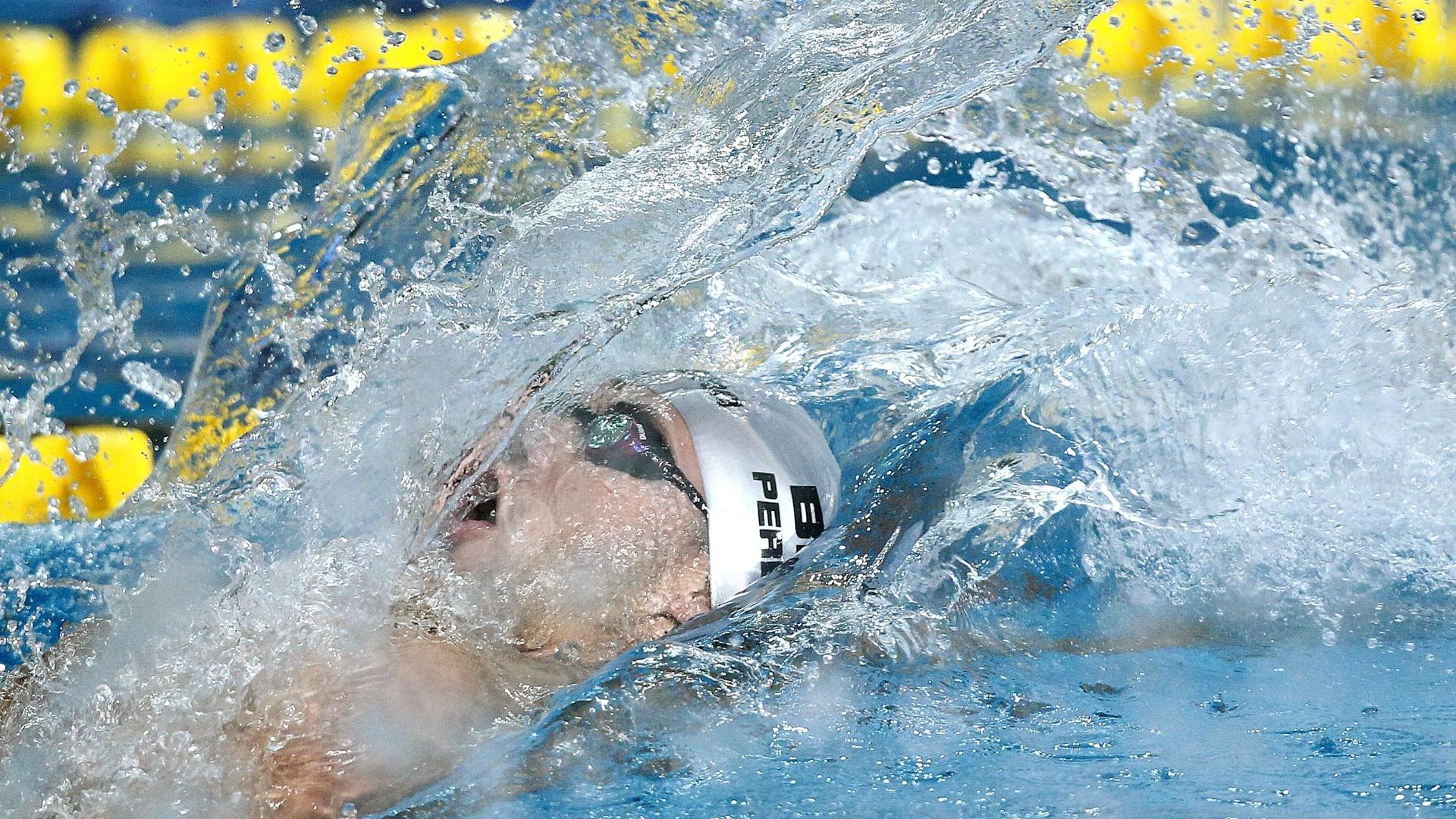 Thiago Pereria conquistou o seu terceiro ouro em Guadalajara, depois de vencer os 100 m costas (17/10/2011)