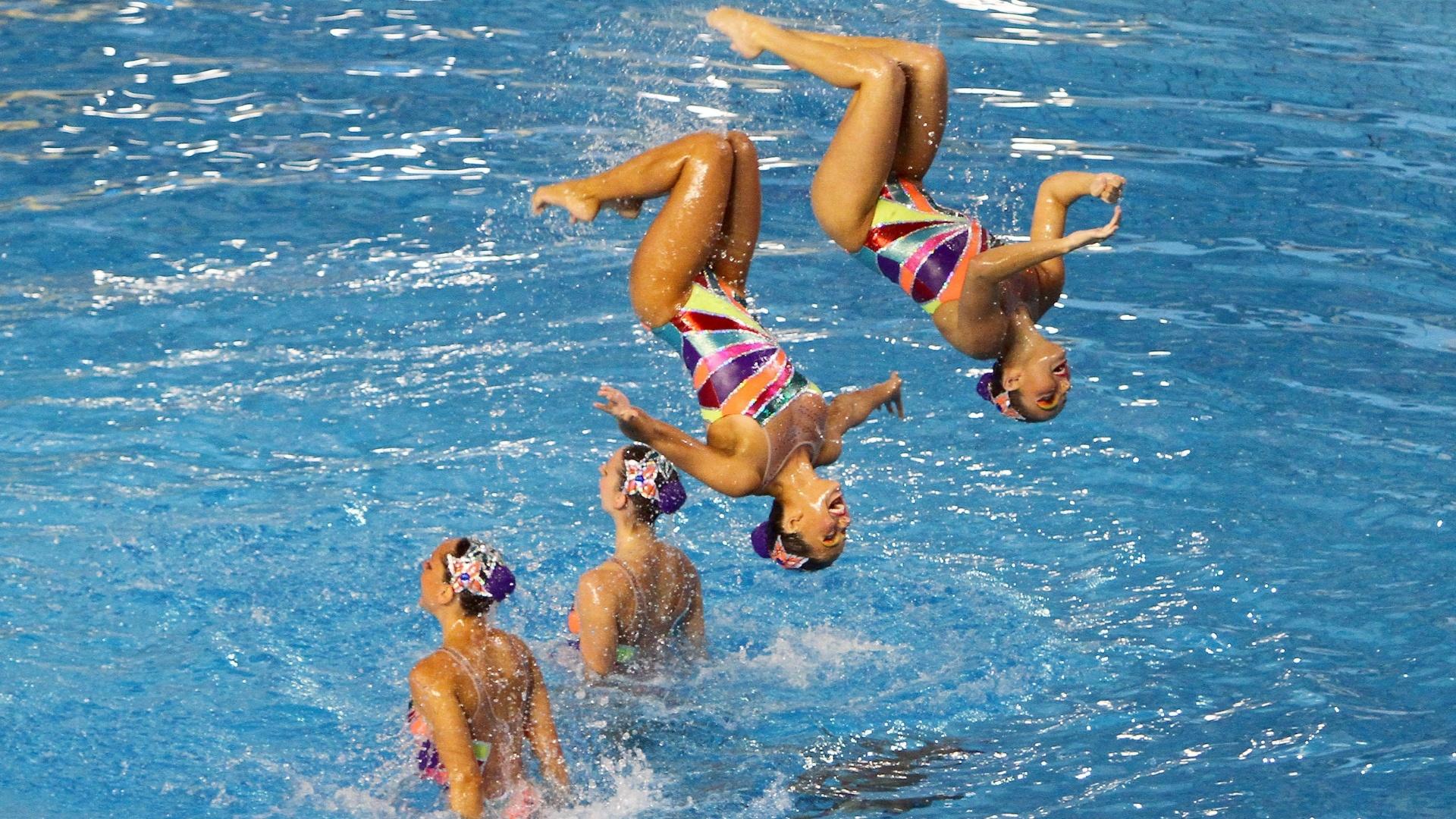 Equipe do nado sincronizado apresentou a rotina técnica e recebeu dos juízes 87,625, rotina livre acontece na sexta-feira (19/10/2011)