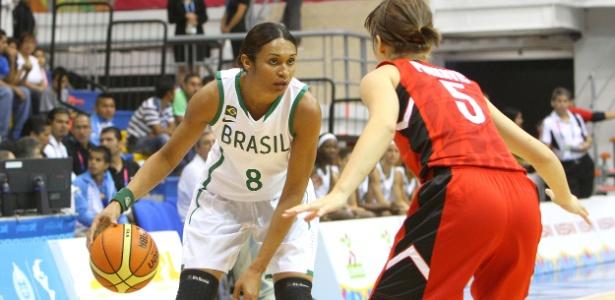 Última competição oficial de Iziane pelo Brasil foi o Pan de Guadalajara, em 2011