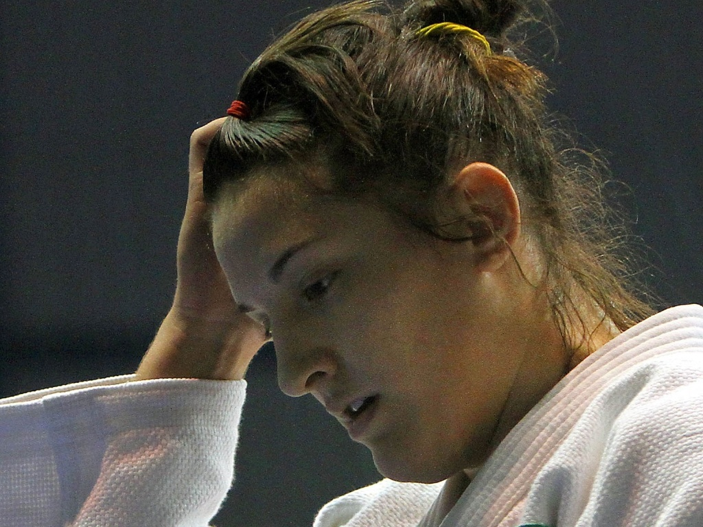 Mayra Aguiar perde nas quartas de final do Pan para a norte-americana Kayla Harrison, que tambm havia sido sua algoz no Mundial (27/10/2011)