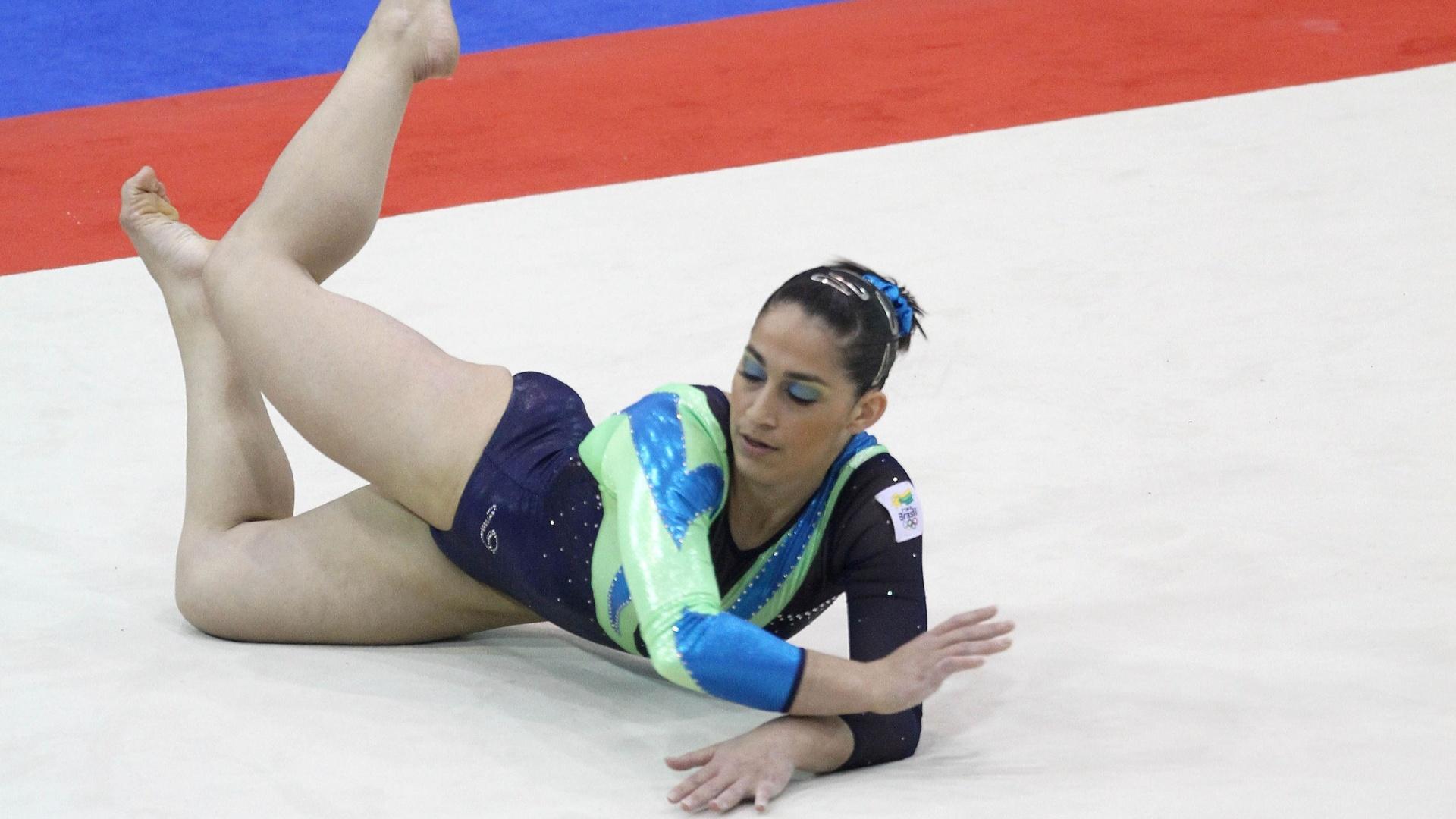 Daniele Hypolito se apresenta no solo nas finais por aparelhos da ginástica artística no Pan-2011