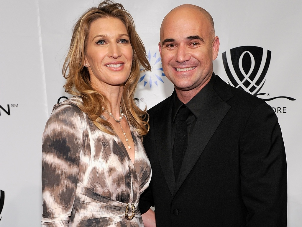Steffi Graf e Andre Agassi participam de evento beneficente da fundao do ex-tenista norte-americano