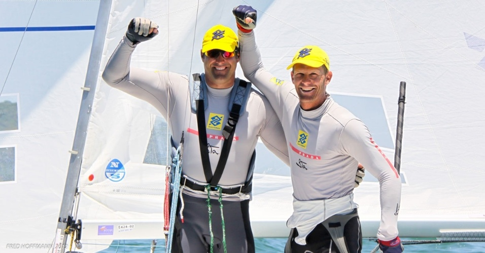 Bruno Prada e Robert Scheidt comemoram ttulo na Semana Brasileira de Vela, em Bzios