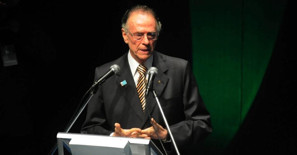 Carlos Arthur Nuzman, presidente do COB, discursa durante o Prêmio Brasil Olímpico