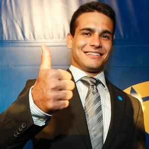 Leandro Guilheiro no prêmio Brasil Olímpico de 2010; judoca é quase uma unanimidade entre as fãs