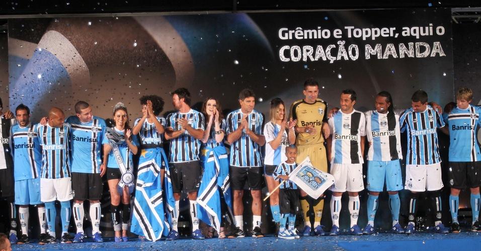 Lançamento do uniforme do Grêmio para a temporada 2011 no Olímpico