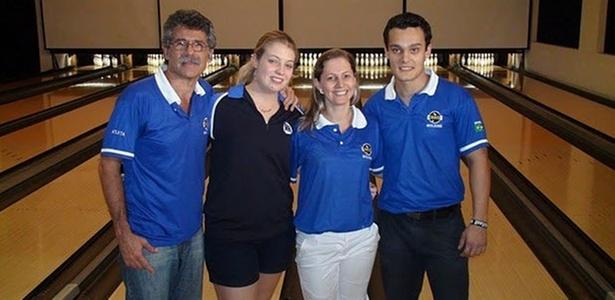 Seleção de boliche brasileira para o Pan-Americano de 2011: Márcio Vieira, Stephanie Martins, Marizete Scheer e Marcelo Suartz (esq. para dir.)