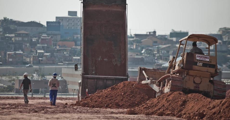 08.07.2011 - Obras seguem em ritmo acelerado para que o Fielzão, futuro estádio corintiano, possa receber jogos da Copa-2014