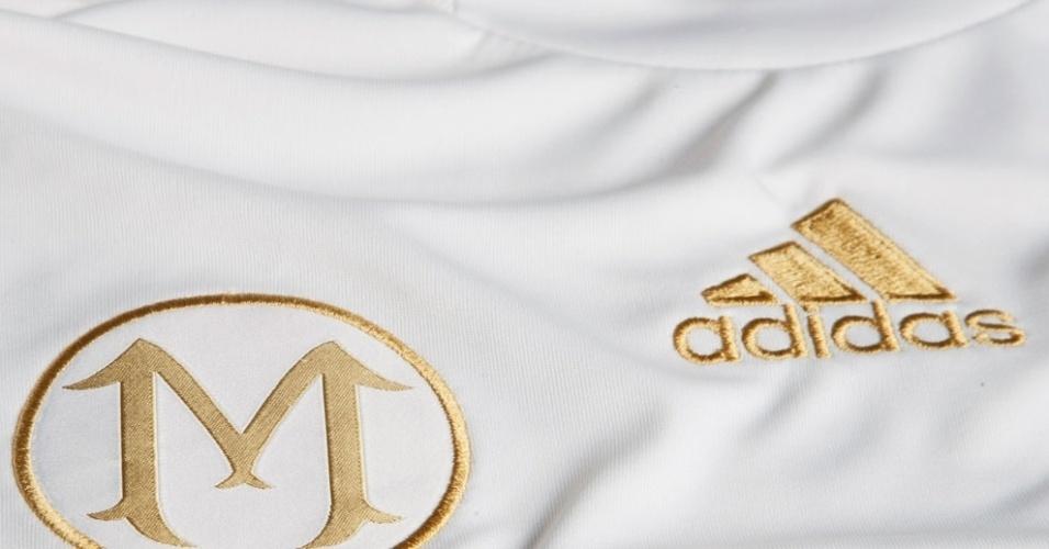 Uniforme especial terá um emblema estilizado com a letra inicial do nome de Marcos, brasão já utilizado pelo Palmeiras no ano passado para homenagear o goleiro por seu 500º jogo com o time