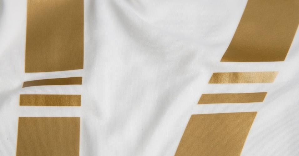 Camisa comemorativa pelo ano de despedida do goleiro Marcos será branca com detalhes dourados, lembrando o uniforme atual do Real Madrid