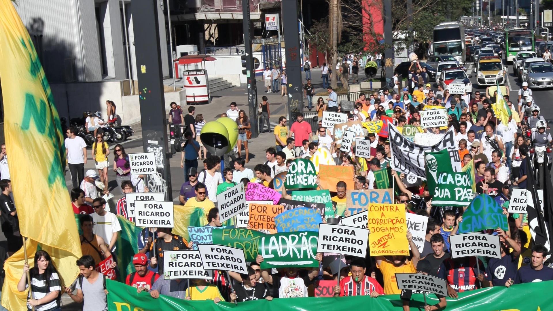 A passeata contra o presidente da CBF irá até o estádio do Pacaembu (13/08/2011)